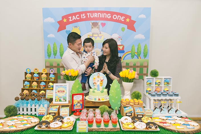 1 year old birthday activities ; Sweet-Happy-Baby-Animals-themed-1-year-old-Birthday-Party-Photography-49