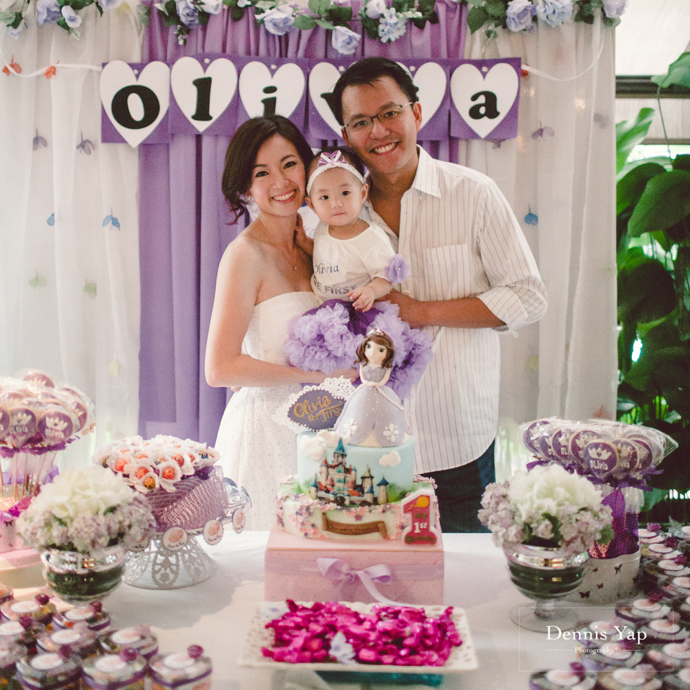 1 year old birthday activities ; olivia+baby+1+year+old+birthday+party+alicia+by+dennis+yap+photography-8