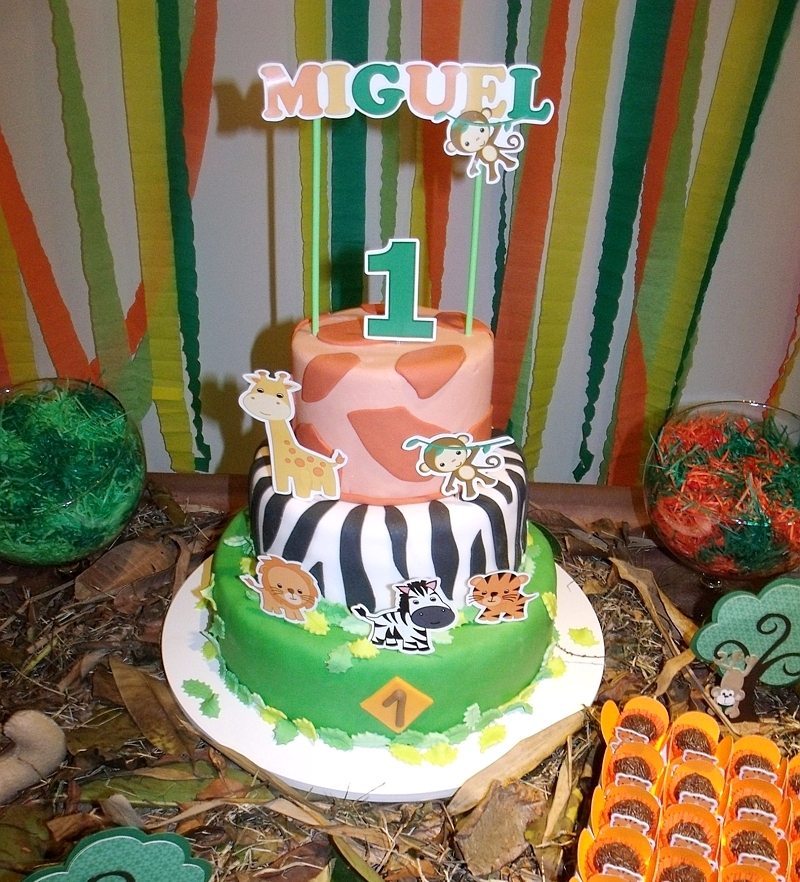1st birthday activities ; jungle-birthday-party-first-ideas-printables5