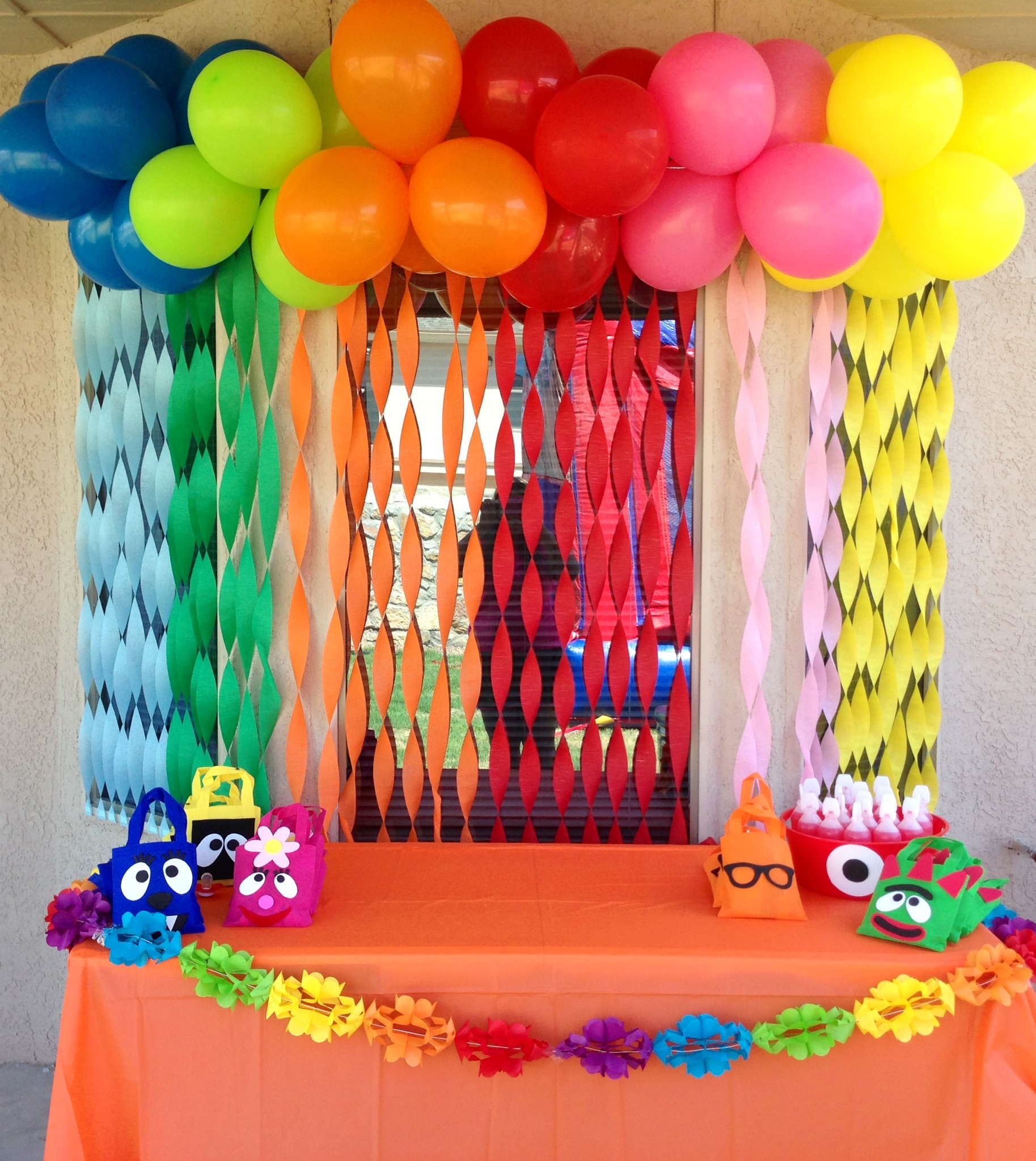 2nd birthday banners and balloons ; 025571344d3586288cba0544a84ef1c4