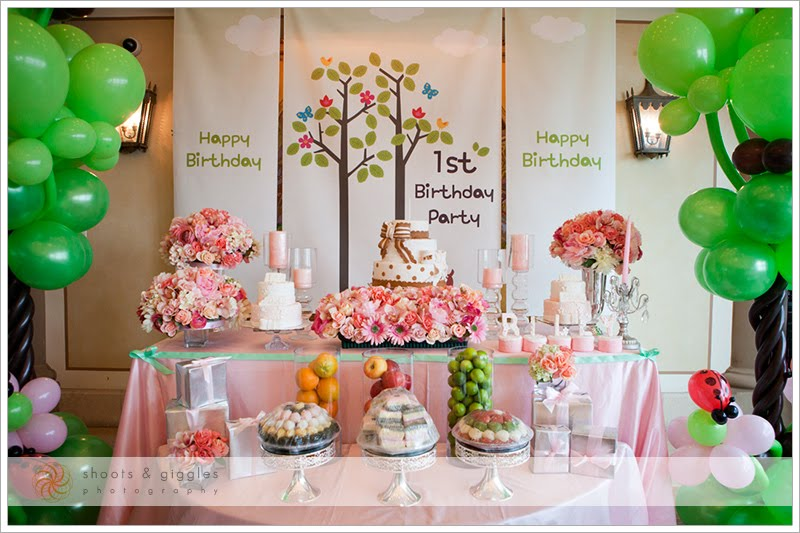 baby birthday activities ; perfect-baby-girl-1st-birthday-party-around-inspiration-article