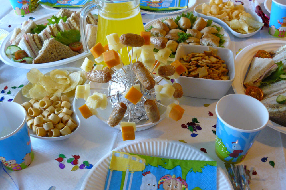 birthday activities for kids at home ; Kids-Birthday-Party-Food-Ideas