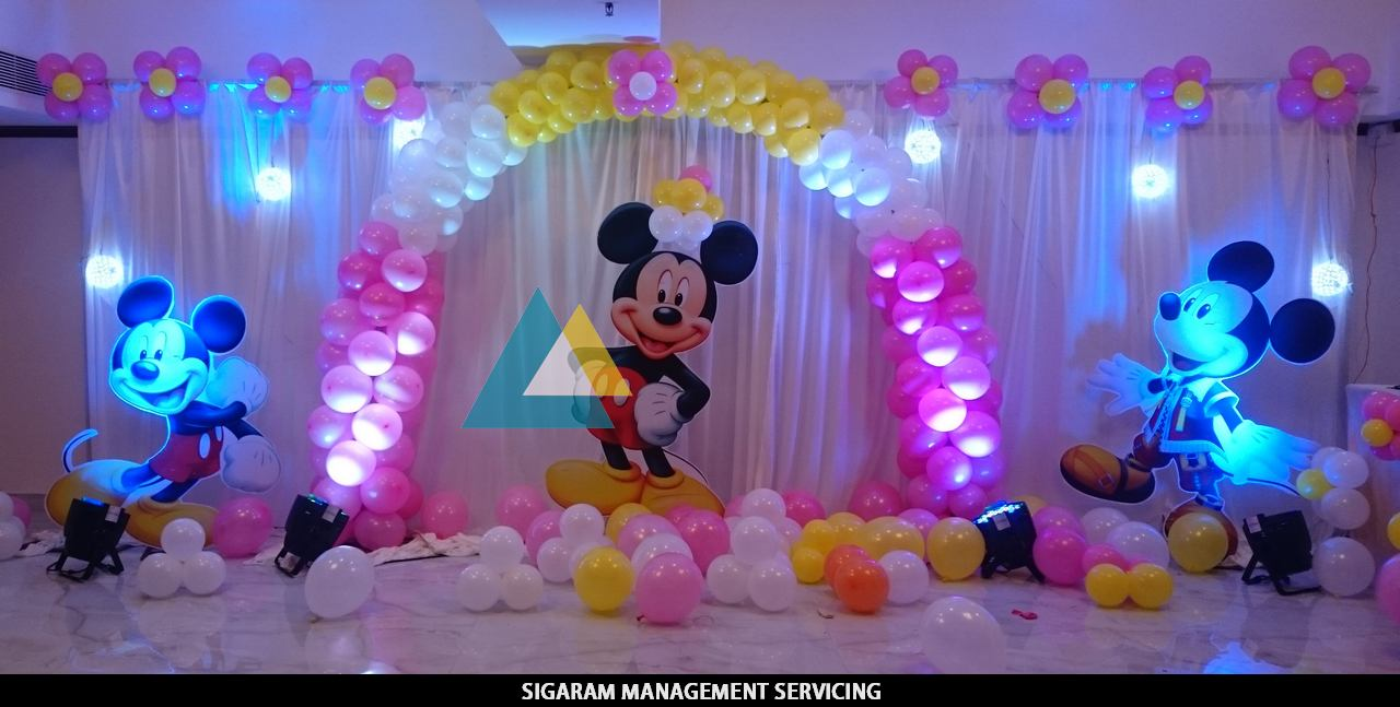 birthday decoration pictures image ; Mickey-Mouse-themed-Birthday-Decoration-Pondicherry-1
