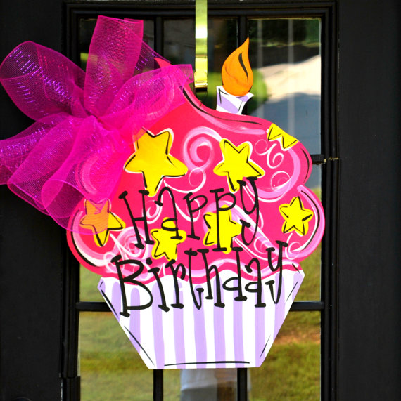 birthday door sign ; 67446a1774c33ebfc7353aa58e5feb6a