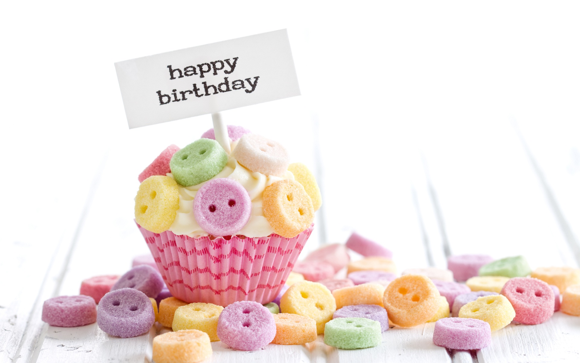 birthday ke wallpaper ; Happy-birthday-cake-and-candies-wallpaper