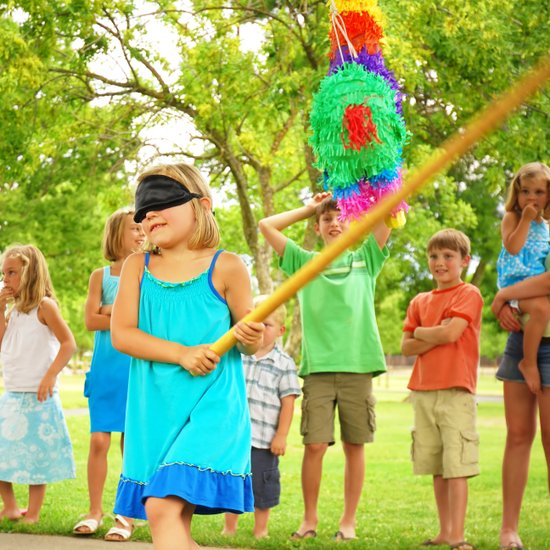 birthday party games and activities ; f778d10c334de6fa_shutterstock_34187182