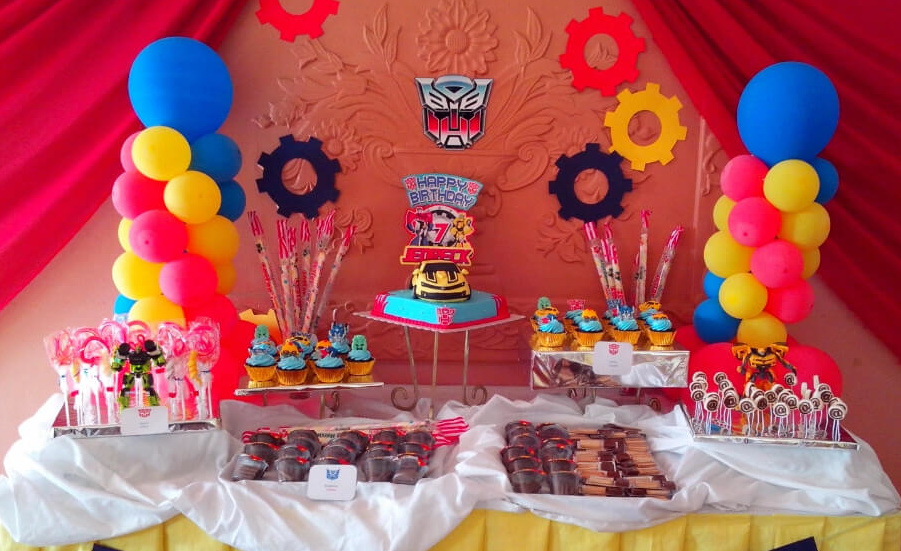 children's birthday activities ; Kids-Birthday-Party-Table-e1434603133168