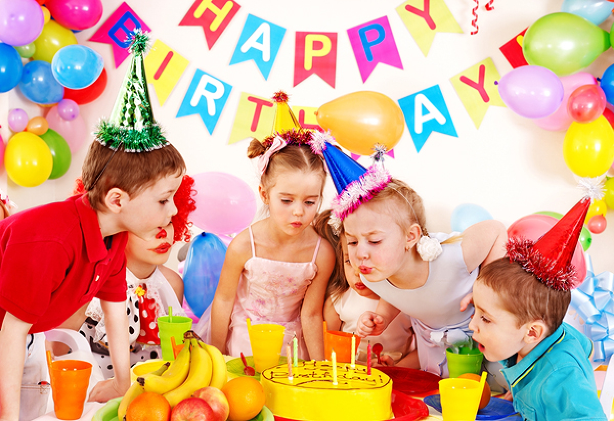 children's birthday activities ; festa-do-compleanno-per-bambini