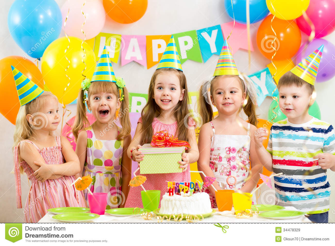 children's birthday activities ; kids-birthday-party-children-34478329