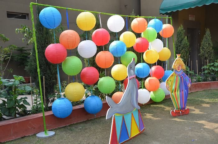 first birthday games activities ; 807c6b635e2238f39b5445be2f57370c--carnival-themes-carnival-parties