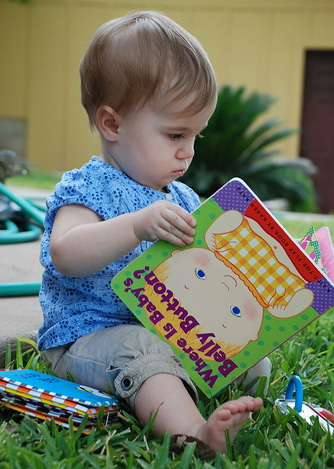 first birthday party games and activities ; ToddlerReadingMed