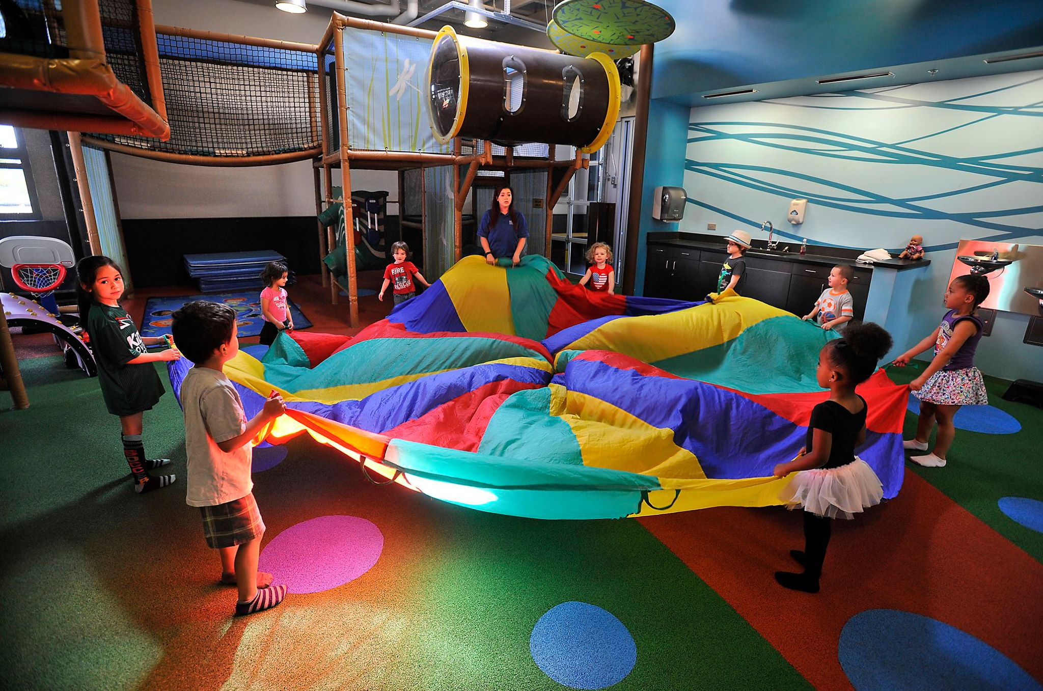 fun activities for kids birthday party ; STAR-Center