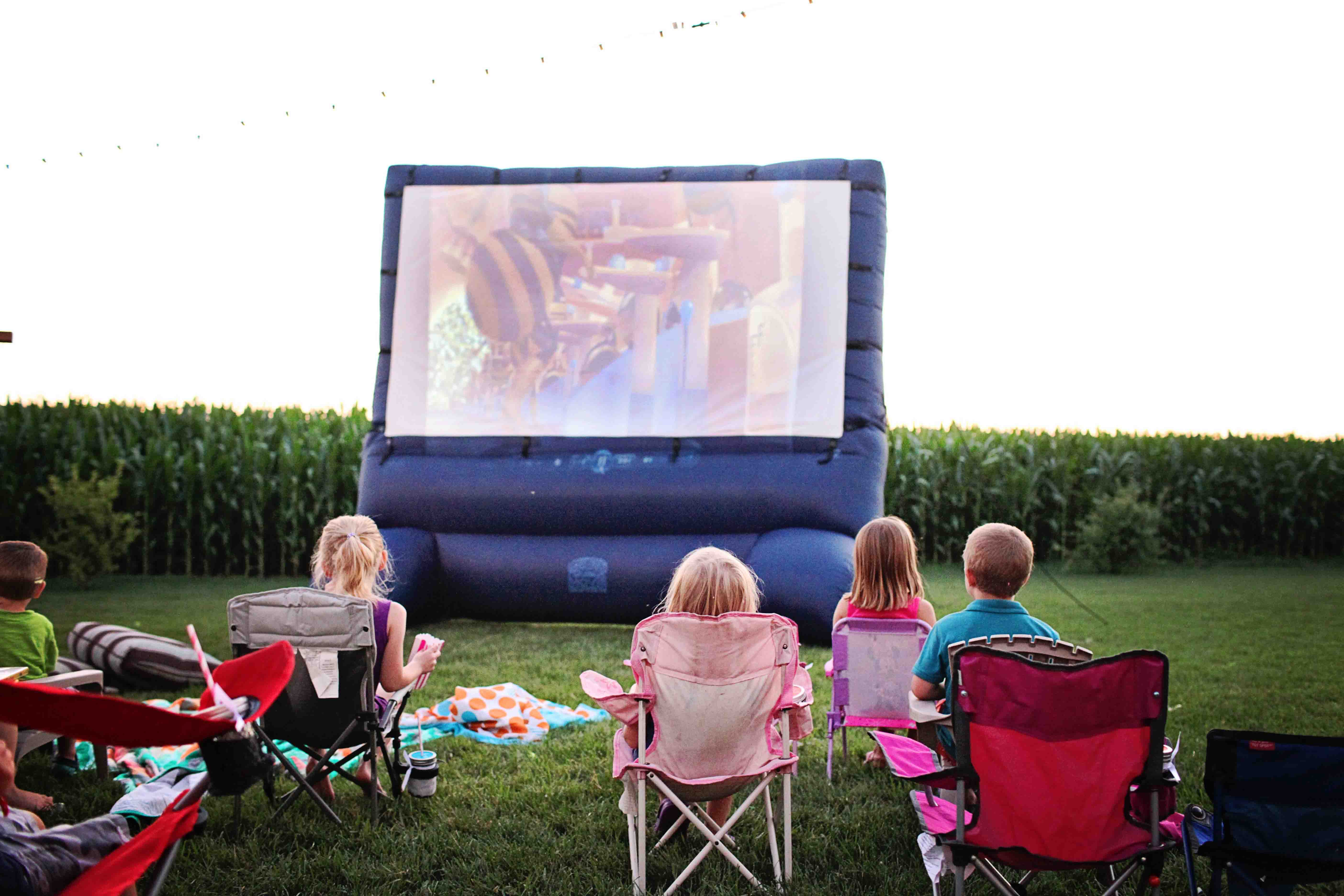 fun activities for kids birthday party ; movie