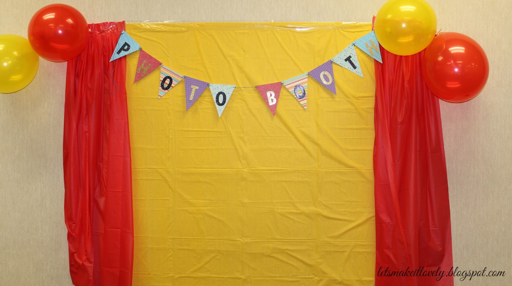 kids birthday party photo booth ; 1YearBoyBirthdayParty11