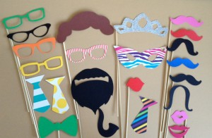 kids birthday party photo booth ; photobooth-props-300x196