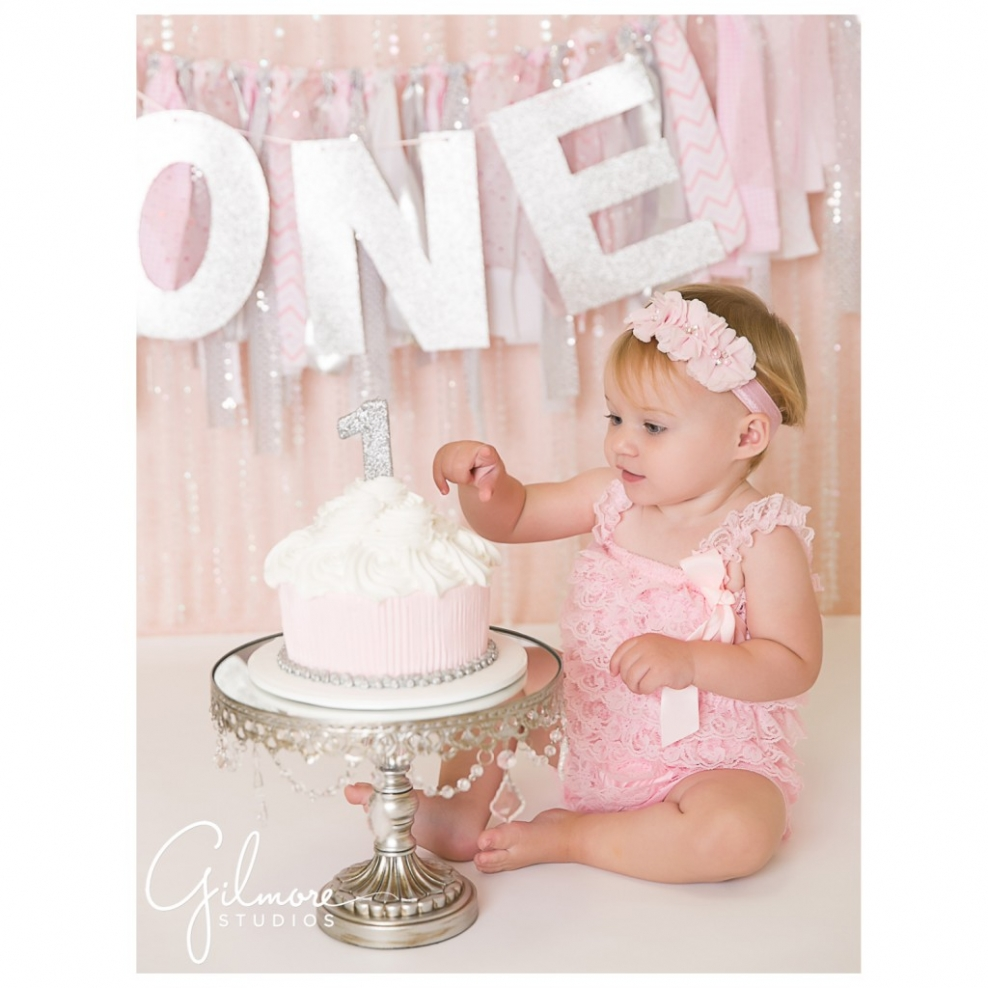 one year old birthday photo props ; 04eb094e6dcf146470e3a0dc97569545