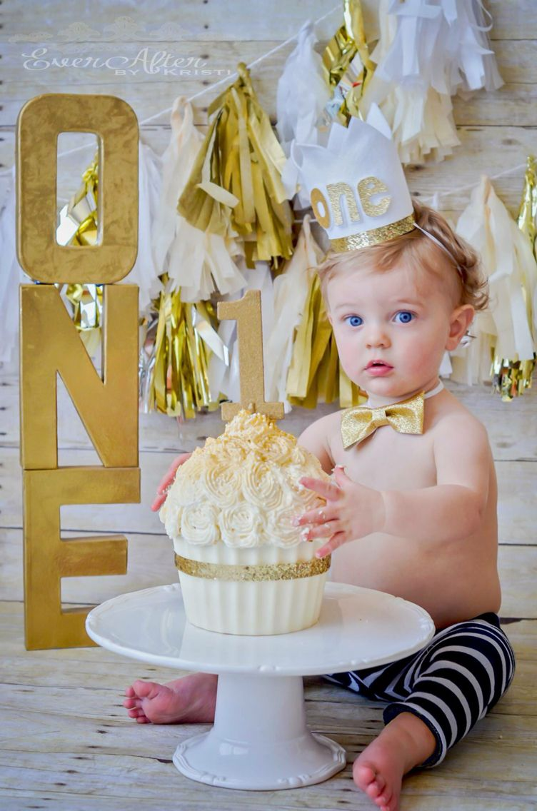 one year old birthday photo props ; 537eac89b82bbe7f9d32bdf7a62787d8