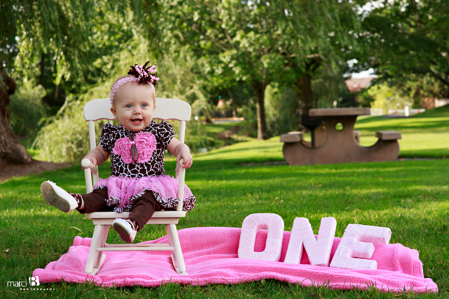 one year old birthday photo props ; 600e231f647563720db69a39171516c6