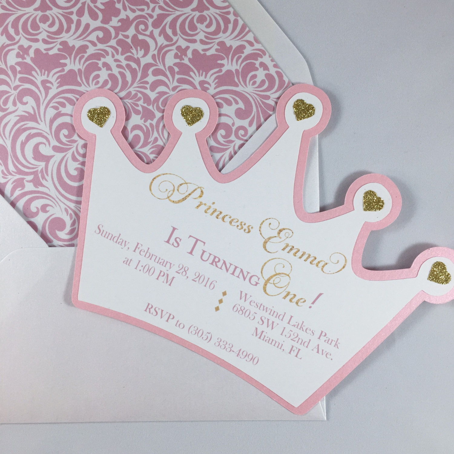 princess themed birthday invitation cards ; e8a1c1993914a9e6fb5c1a803339923d