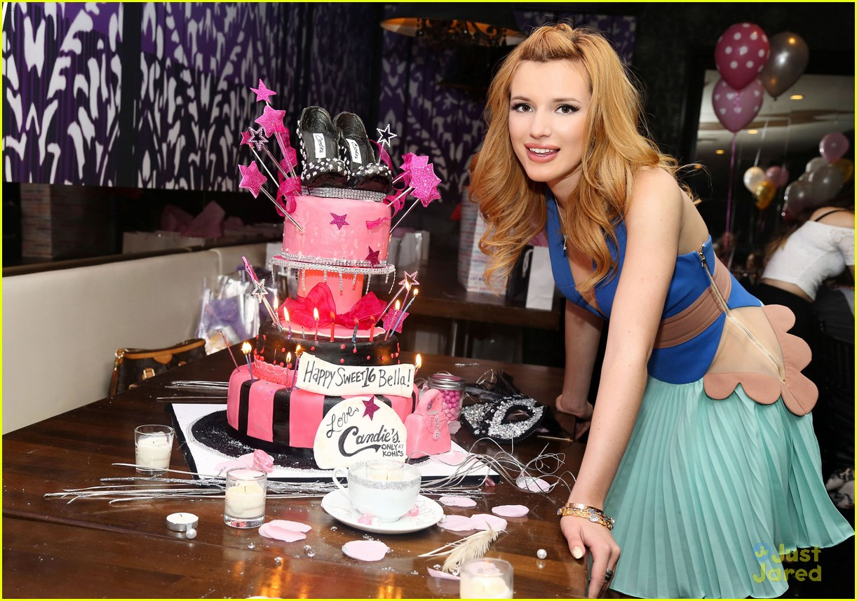 activities at a sweet 16 birthday party ; bella-thorne-sweet-16-birthday-party-pics-09
