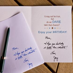 best way to sign a birthday card ; msg-card