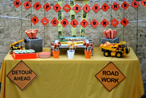 construction theme birthday banner ; bb84a39ad2eec4fae03acfd34a637055