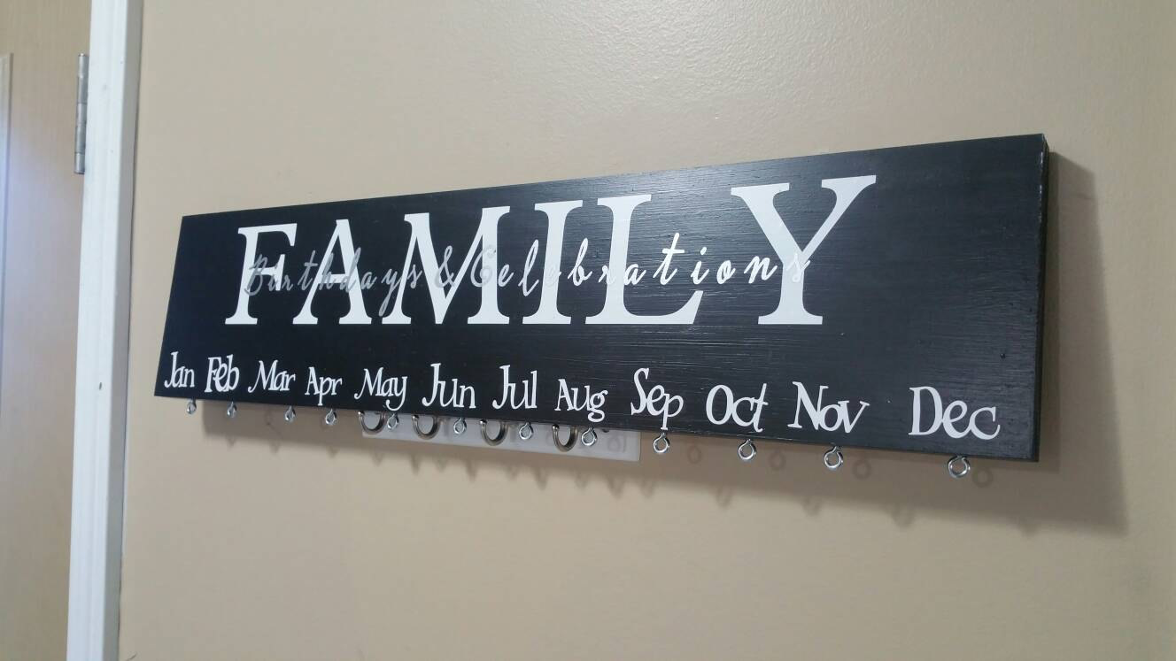 family birthday sign ; il_fullxfull