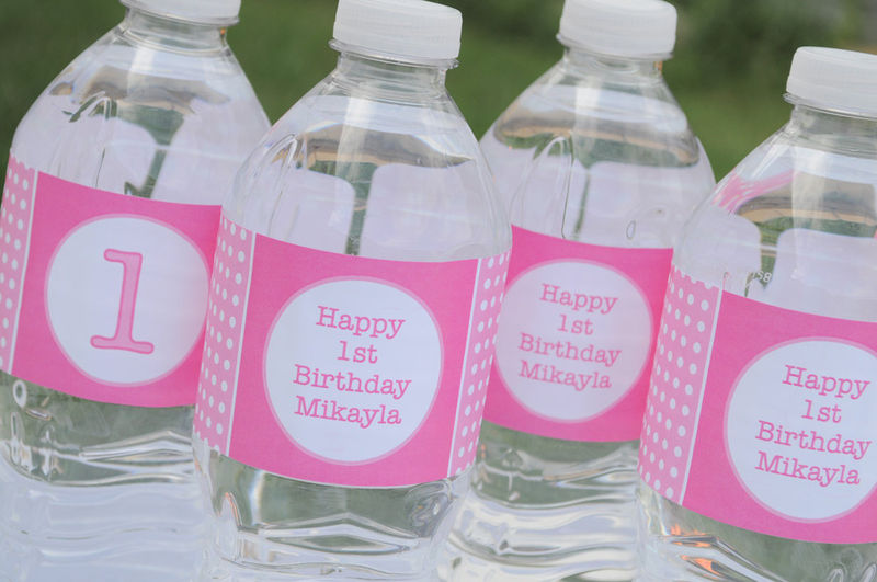 labels for birthday party favors ; creative-1st-birthday-party-favors-simple-collection-adjustable-themes-motive-sample