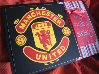 manchester united signed birthday card ; IMG_7432