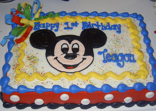 mickey mouse birthday sheet cake ; d0e47049215763379a5ba2d539dfb133