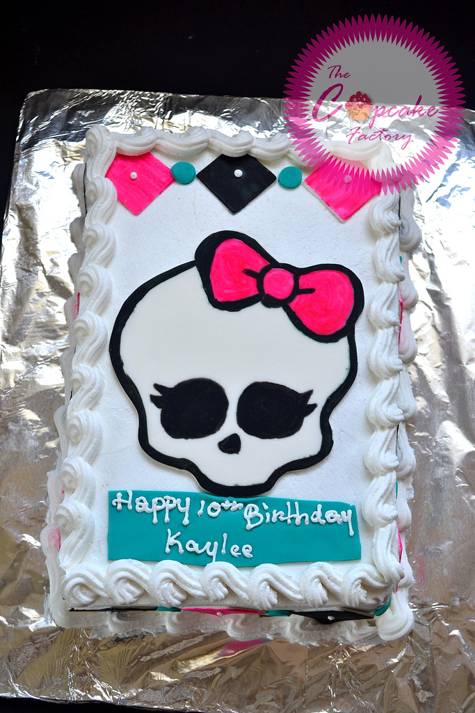 monster high birthday sheet cake ; 10196006615_d19f658a56_b