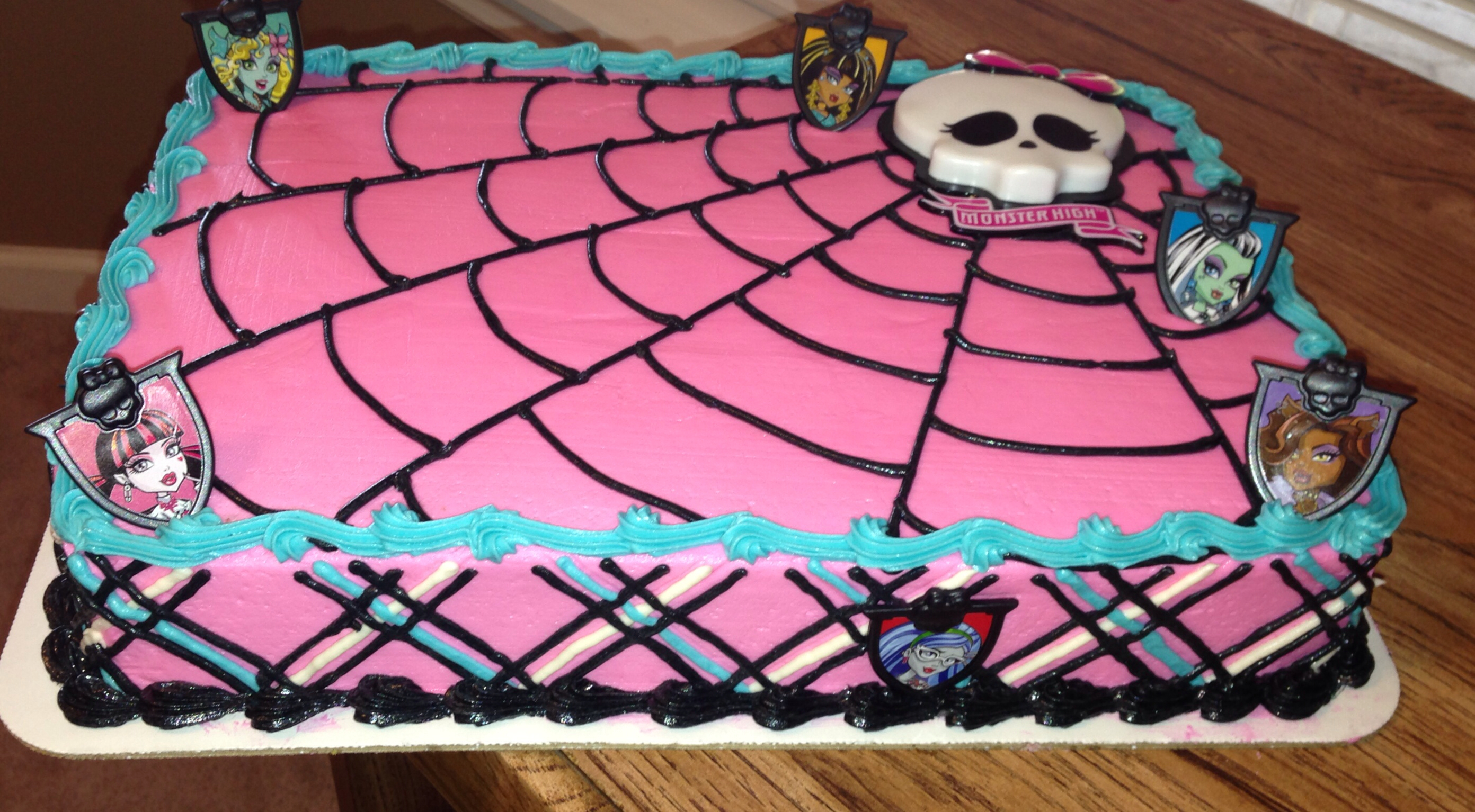 monster high birthday sheet cake ; a076884348e0e35a16db81d3199f4e8c