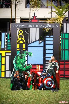 photo booth themed birthday party ; 3d1d86bc344cfc3823b3c88c06e4be90--avengers-birthday-parties-themed-birthday-parties