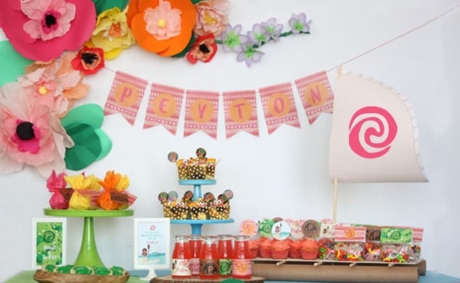 picture themed birthday party ; moana-themed-birthday-party-main-650x400