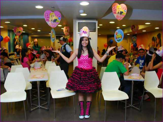 18th birthday party themes ; 18th-birthday-party-ideas-themes
