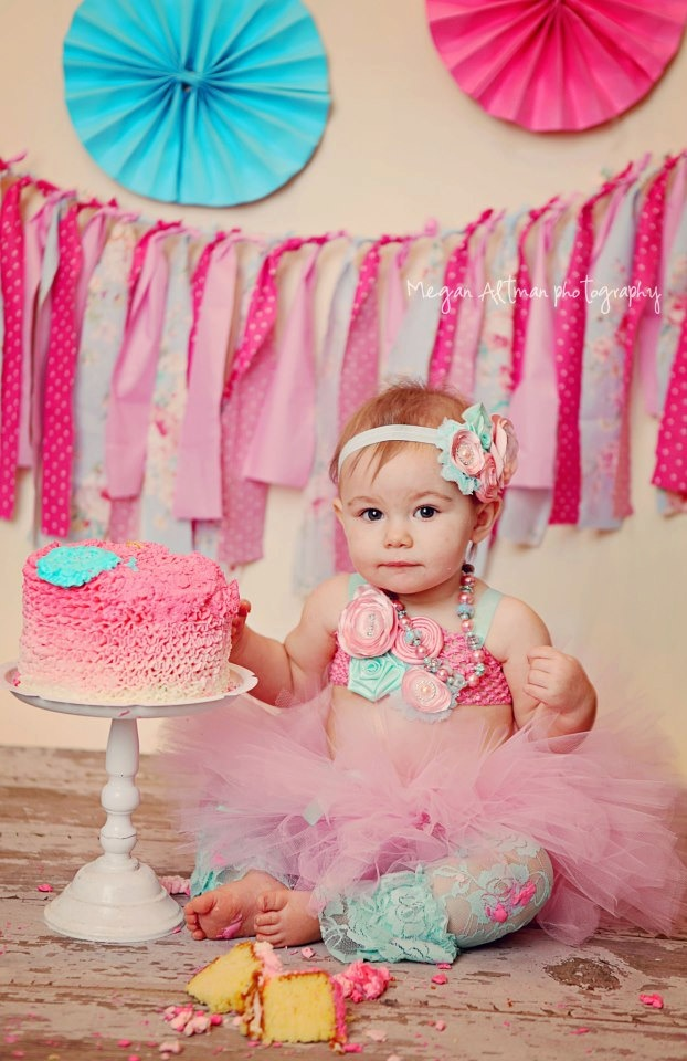 1st birthday picture ideas girl ; 876d6f5a409bc143fca73849d9d6e32f