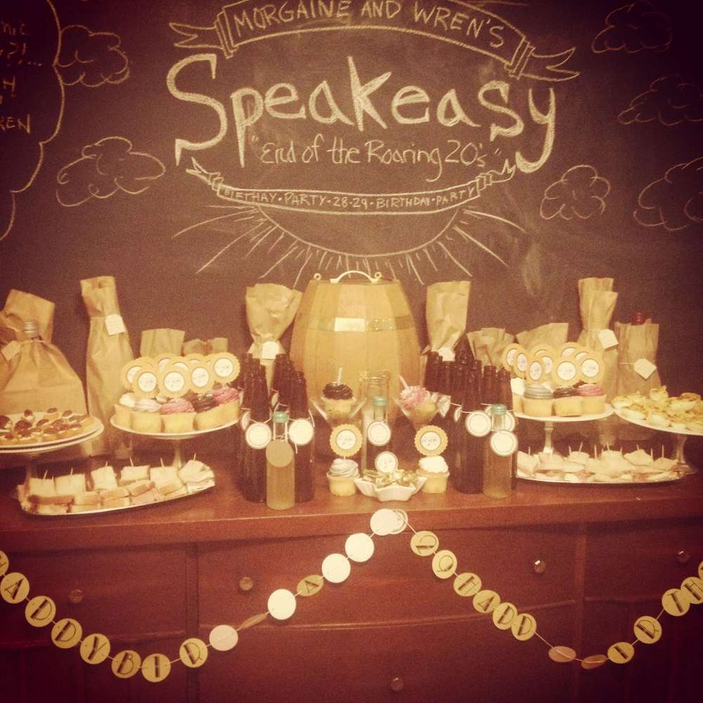 30th birthday party themes ; Roaring-20s