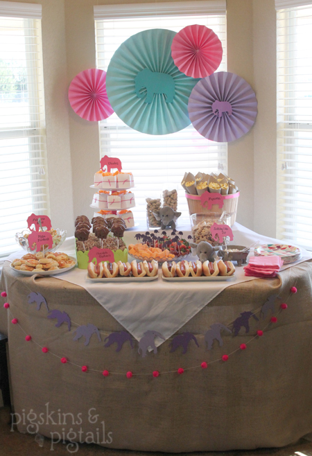 3rd birthday party themes for girl ; table1