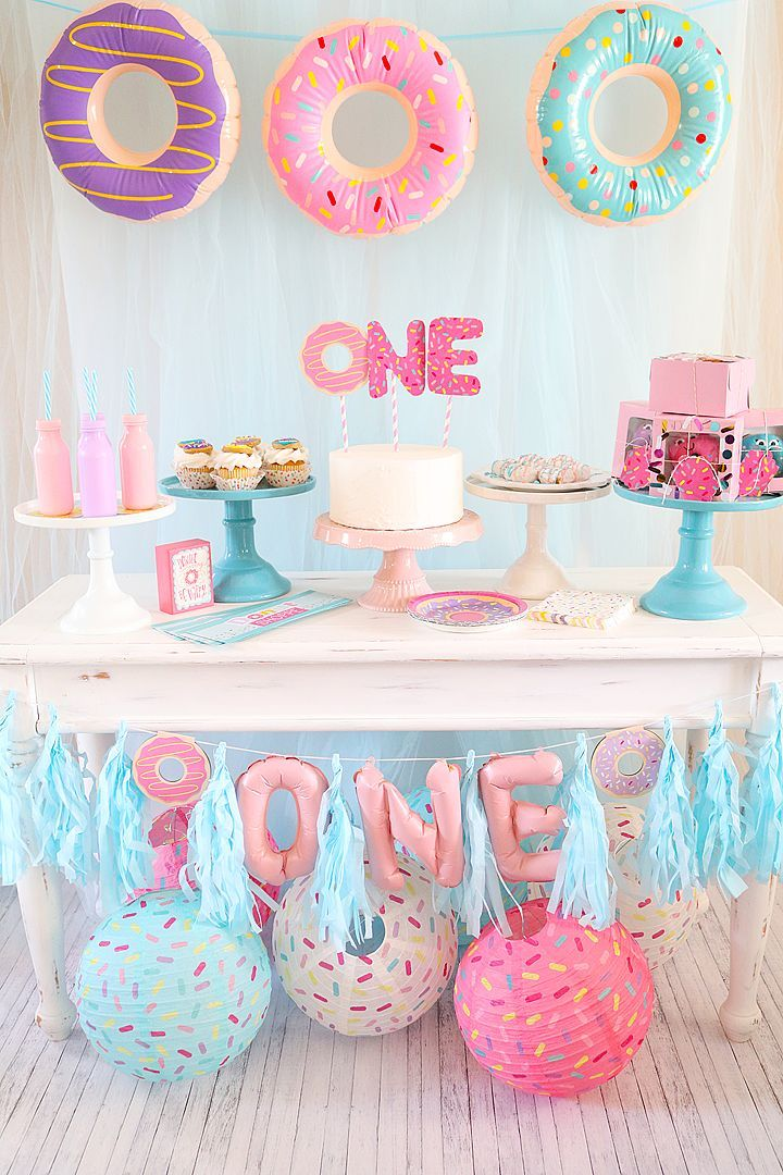 baby birthday party themes ; a2ed06a50f5e4024edc4231fbff7f153--donut-birthday-party-girls-first-birthday-girl-party-themes