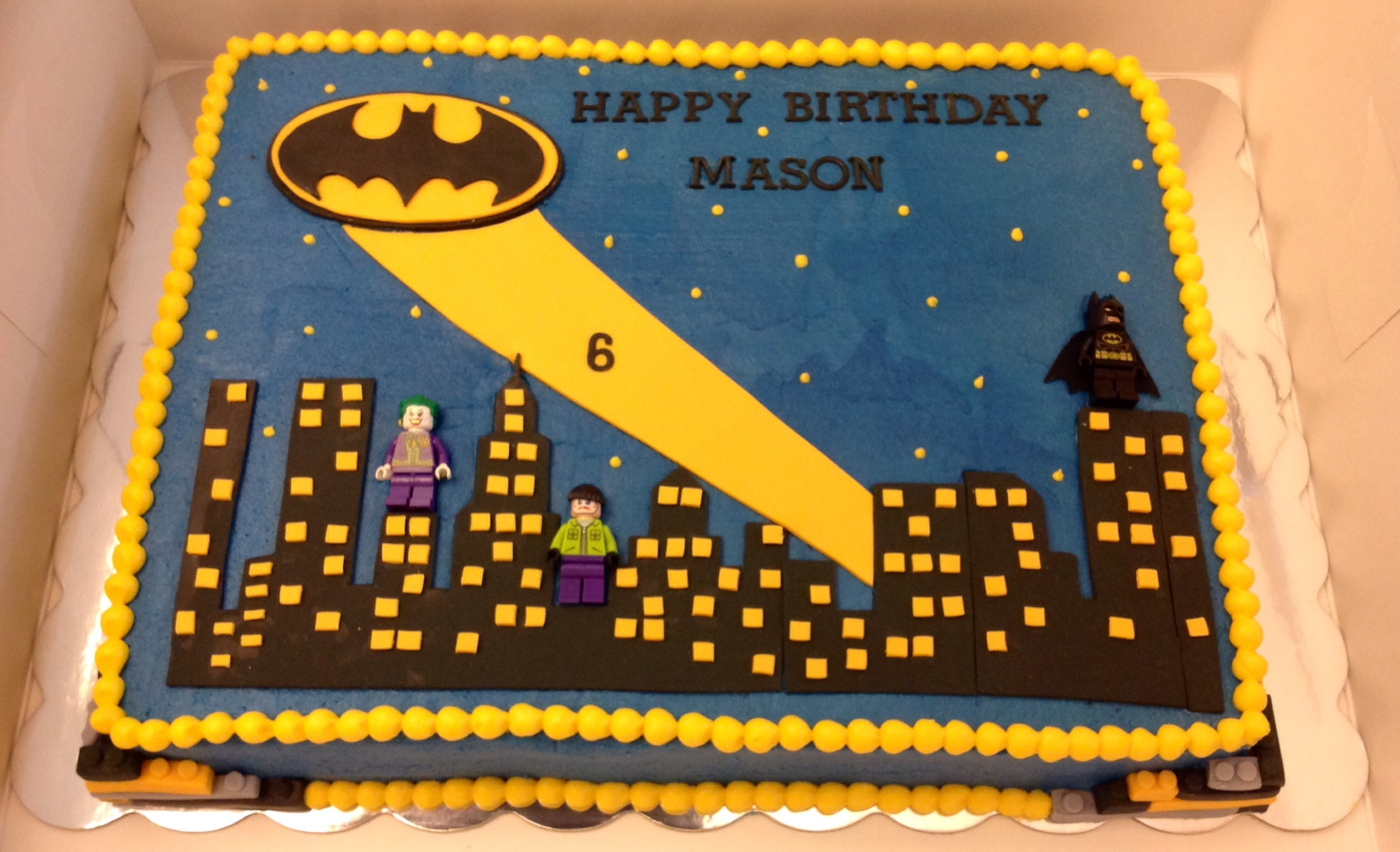 batman birthday sheet cake ; 4639b78fcb361f288dad54f7877c1087