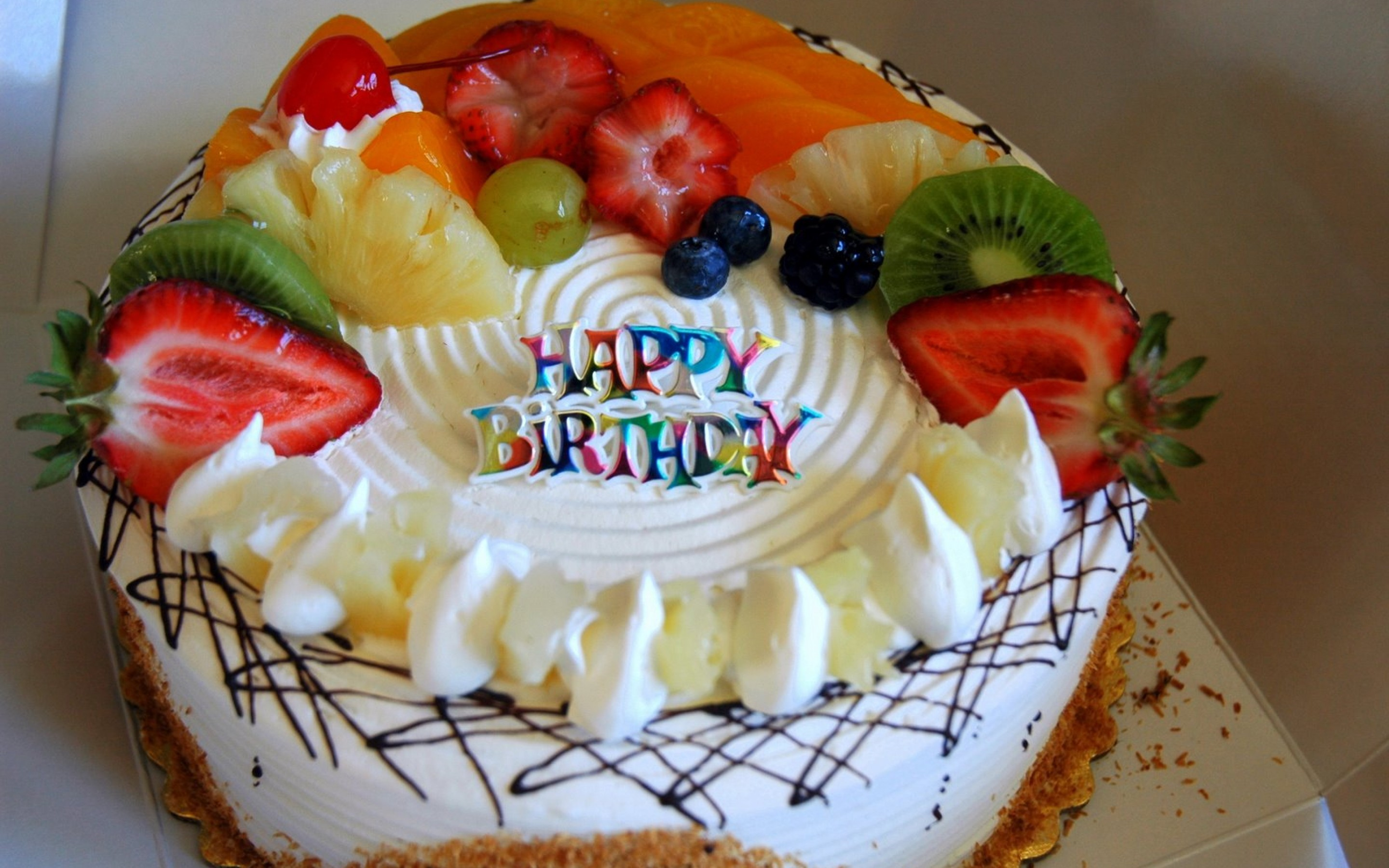 big birthday cake wallpaper ; Amazing_Beautiful_Fruits_Birthday_Cake_Wallpapers