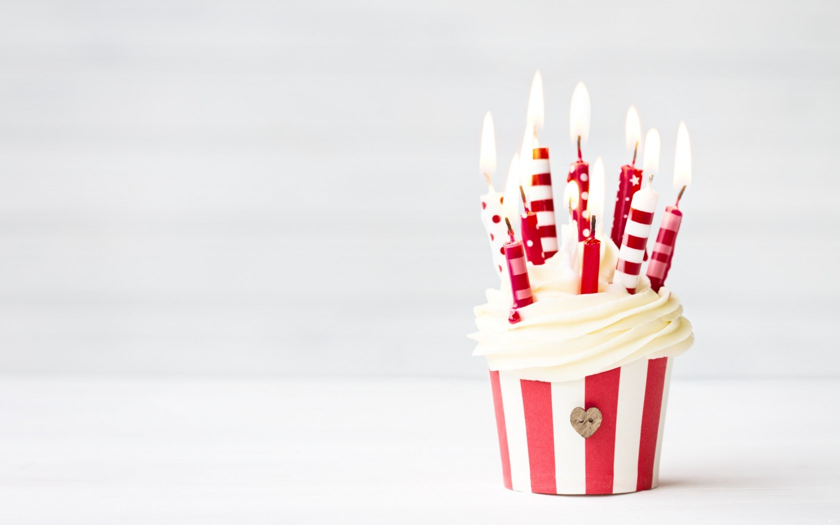 birthday candles wallpaper ; Birthday-Candles-Wallpaper