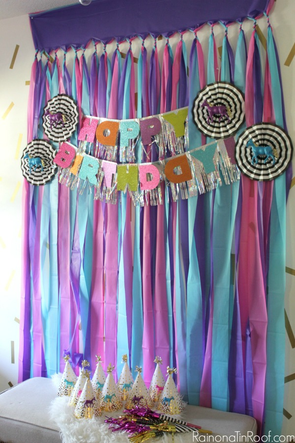 birthday party picture backdrops ; horse-birthday-party-5