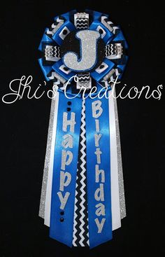 birthday pins with picture ; 4d6916487449d5c79e42ecd2b6d7375d