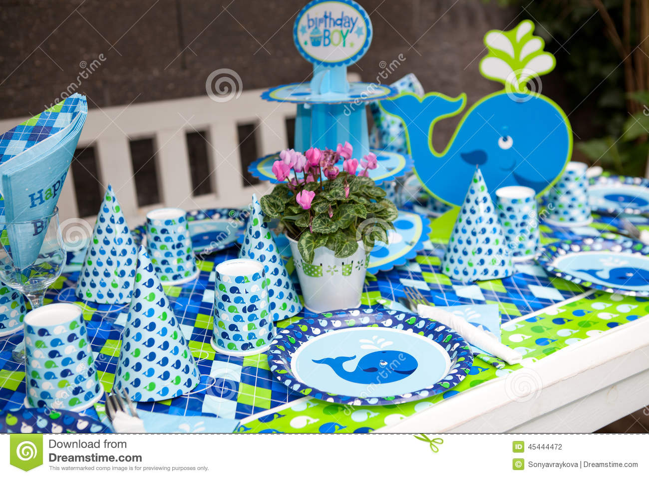 birthday theme party for baby boy ; baby-boy-first-birthday-party-outdoor-table-set-marine-theme-45444472