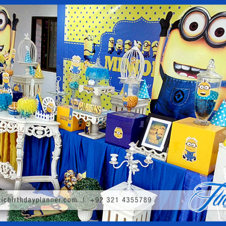 birthday theme party for baby boy ; minions-themed-birthday-party-decoration-ideas-in-Pakistan-15-460x460