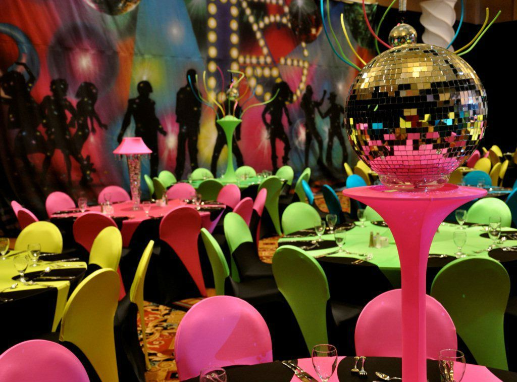 color theme for 70th birthday party ; 70s-themed-birthday-party