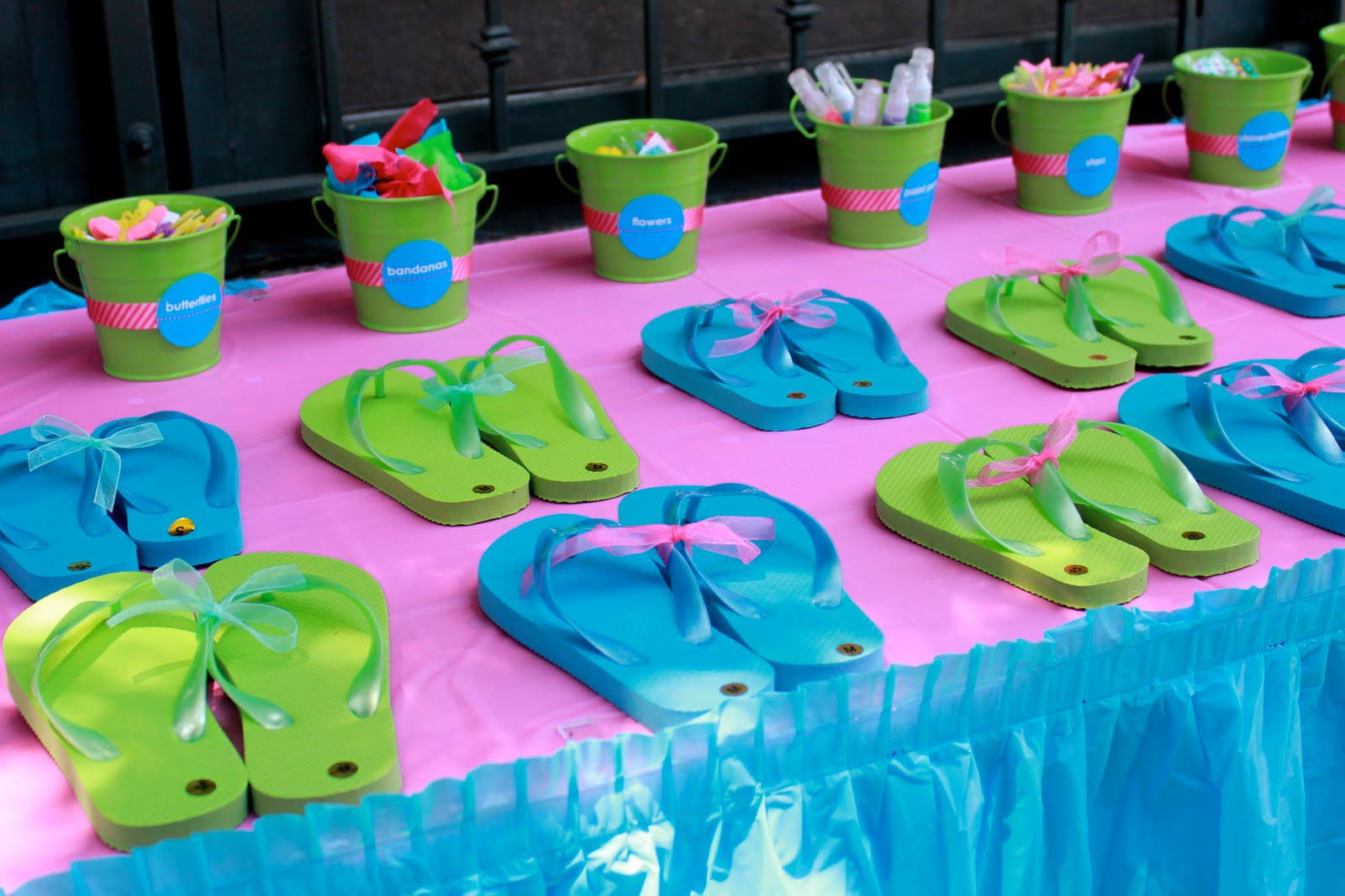 cool birthday themes ; cool%2520birthday%2520activities%2520;%2520cool-pool-party-themes