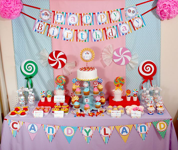 fun birthday party themes ; candyland