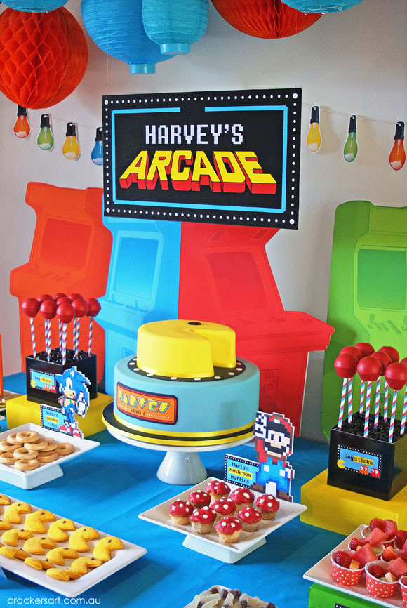 game themed birthday party ; 6633aeec22c37a56122b808dea89df39